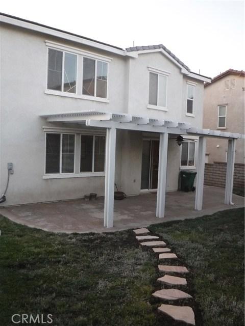 37624 Mangrove Drive, Palmdale CA: http://media.crmls.org/mediascn/a77b4aaf-ea50-4e02-ba7e-8931a6b483c6.jpg