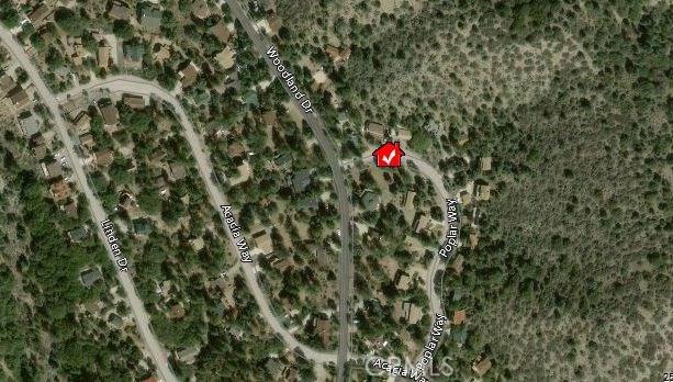 1917 Poplar Way, Pine Mtn Club CA: http://media.crmls.org/mediascn/a7b7e82f-7ae3-42b2-b85d-78dd0c168d5e.jpg