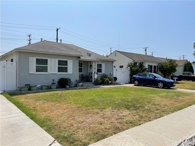 8710 Lilienthal Ave, Los Angeles, CA 90045 photo 2