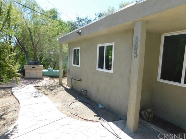 683 BOX CANYON Road, West Hills CA: http://media.crmls.org/mediascn/a84aa993-2344-4245-ba2c-ecaca25339f9.jpg