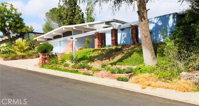 12662 Jimeno Avenue, Granada Hills CA: http://media.crmls.org/mediascn/a8f34c74-6701-4857-ab1e-5a6042b2223c.jpg