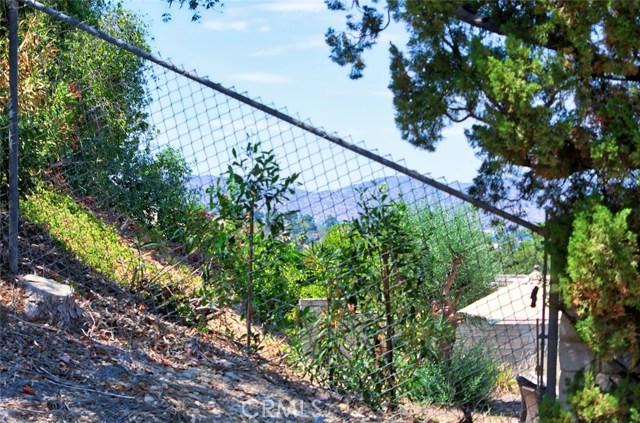 4419 Da Vinci Avenue, Woodland Hills CA: http://media.crmls.org/mediascn/a9486e48-6566-4560-b537-e812b16349f8.jpg