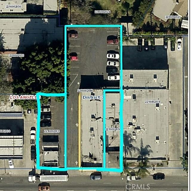 14051 Sherman Way, Van Nuys CA: http://media.crmls.org/mediascn/a94fc4a4-d3f5-48e7-8bc2-20a4fca25da4.jpg