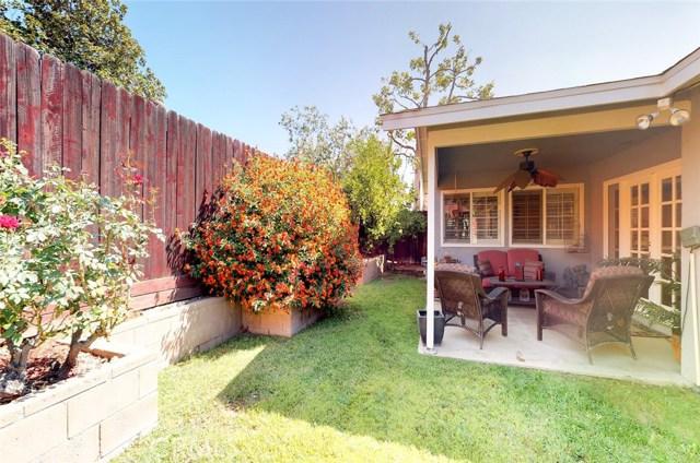 11725 Balboa Boulevard, Granada Hills CA: http://media.crmls.org/mediascn/a964e2dc-f580-4782-8f09-6d3d14b402b1.jpg