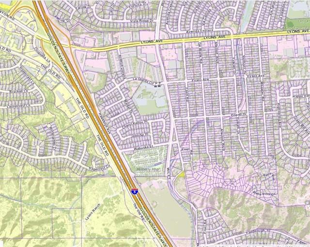 24934 Old Wiley Canyon Road, Newhall CA: http://media.crmls.org/mediascn/a9a0220f-7a99-4517-b6b3-b50e41eff662.jpg