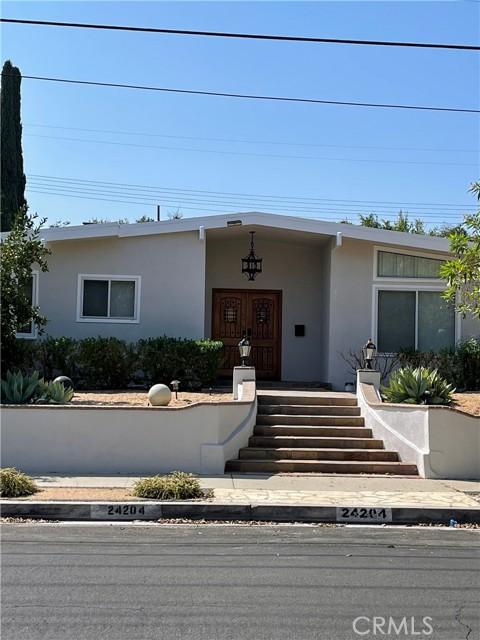 Photo of 24204 Calvert Street, Woodland Hills, CA 91367