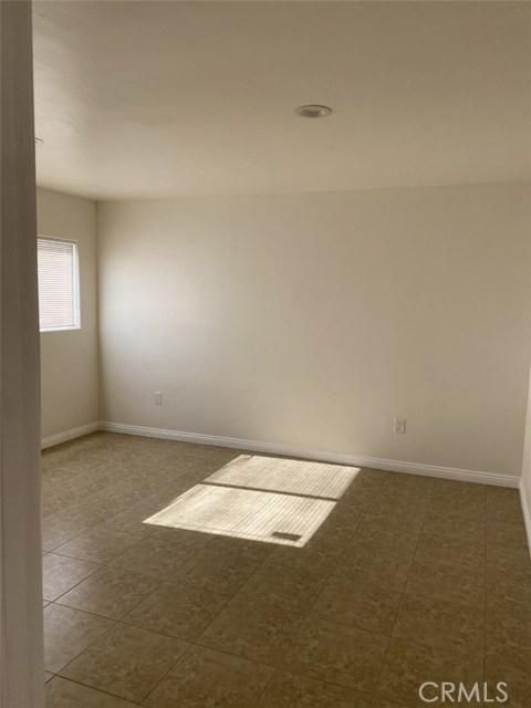 6735 Elmer Avenue, North Hollywood CA: http://media.crmls.org/mediascn/aa5784fd-eec1-4b41-904d-d750cb8efff6.jpg