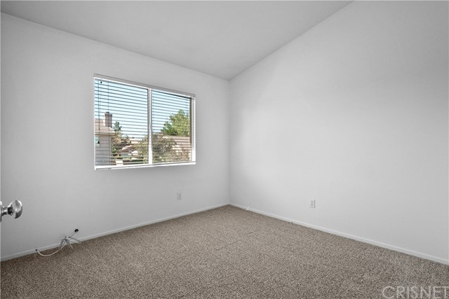 2822 W Norberry Street, Lancaster CA: http://media.crmls.org/mediascn/aa5e444e-4e04-4b6a-ad2e-0fa1c0d5c571.jpg