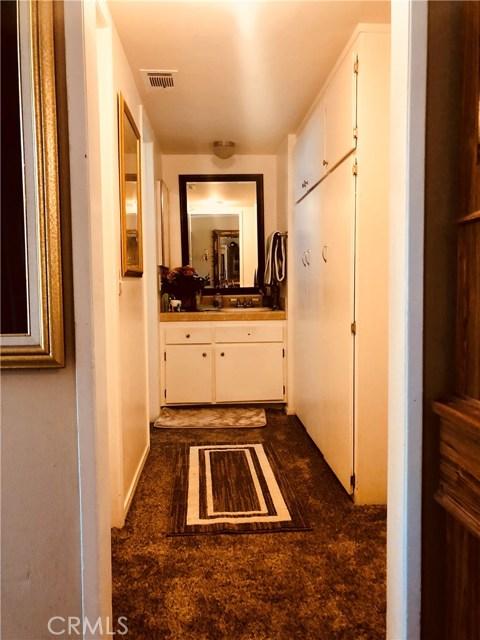 17847 Beneda Lane, Canyon Country CA: http://media.crmls.org/mediascn/aa7b82b8-4ae0-413b-b4bb-bbdc768bb938.jpg