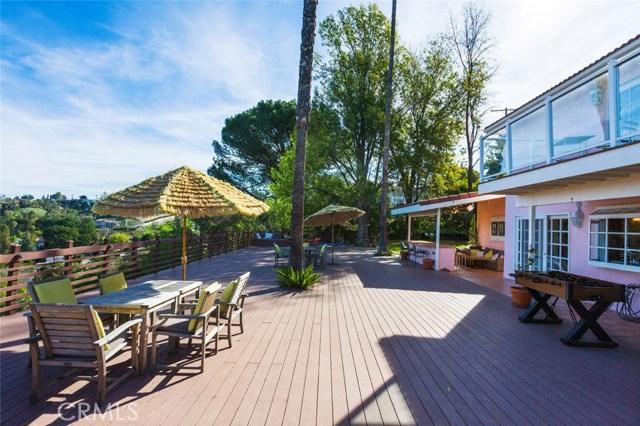 4740 Dunman Avenue, Woodland Hills CA: http://media.crmls.org/mediascn/ab1a88df-2b20-4f6f-890e-0d938e86dd9e.jpg