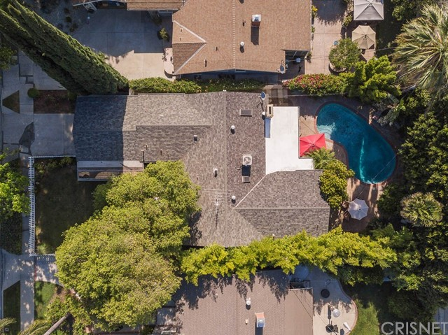 14331 Killion Street, Sherman Oaks CA: http://media.crmls.org/mediascn/ab267415-af11-49e8-8326-3118c1c9b258.jpg