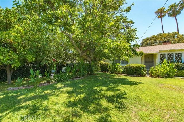 13614 Hart Street, Valley Glen CA: http://media.crmls.org/mediascn/ab324a4b-9c7b-45b6-8683-6d16956375ed.jpg