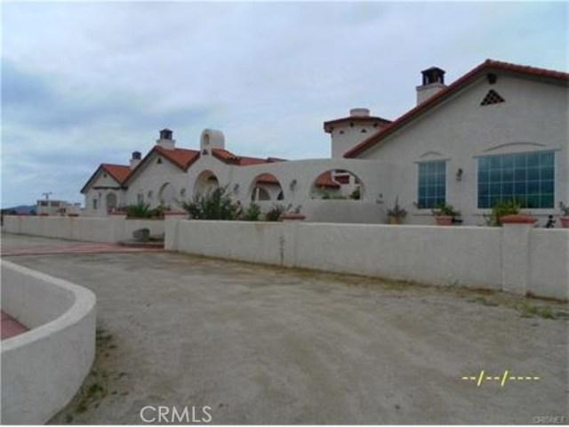 2473 Via Clarita, Acton CA: http://media.crmls.org/mediascn/ab6af4a9-a4f5-4214-9527-044067d55237.jpg