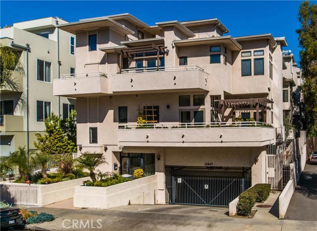 11847 Laurelwood Drive #105, Studio City, California 91604- Oren Mordkowitz