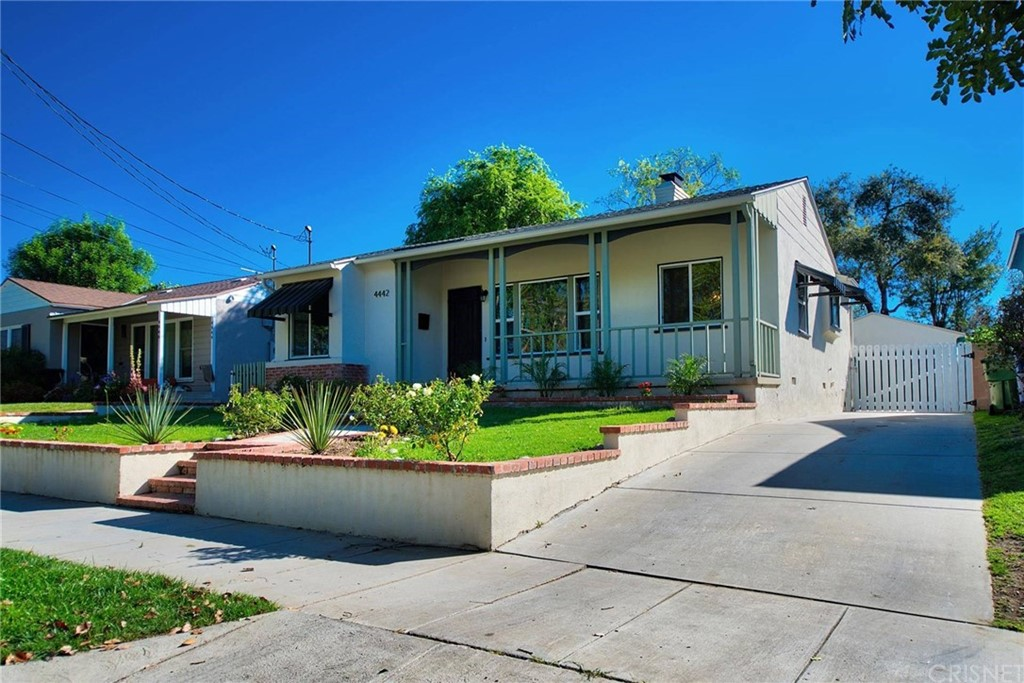 4442 BAKMAN Avenue, North Hollywood, CA 91602