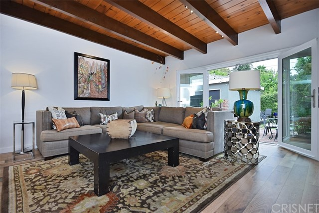 5320 Willis Avenue, Sherman Oaks CA: http://media.crmls.org/mediascn/abd5f72e-8642-4f6e-add1-cc83bd0e33d5.jpg