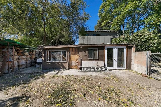 19036 Ingomar Street, Reseda CA: http://media.crmls.org/mediascn/abdb3668-1bb3-45e5-8b8e-9d8f240e477a.jpg