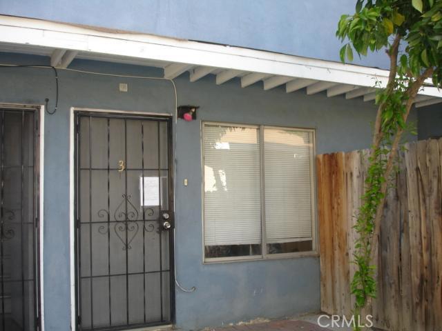 14642 Calvert Street, Van Nuys CA: http://media.crmls.org/mediascn/ac1f5b1d-44ba-4ccf-9368-b7251ae0a7c7.jpg