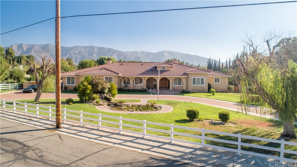 Photo of 15770 IRON CANYON ROAD, Canyon Country, CA 91387