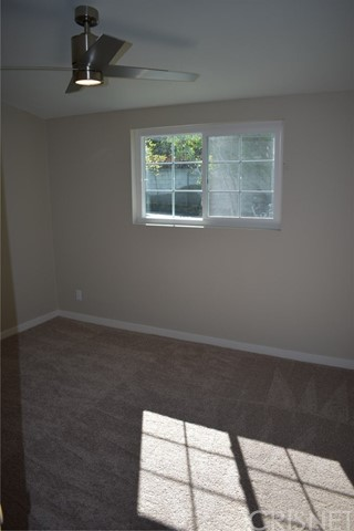 19006 Calla Way, Canyon Country CA: http://media.crmls.org/mediascn/ac576648-f1ac-48a5-a068-effcf760608c.jpg