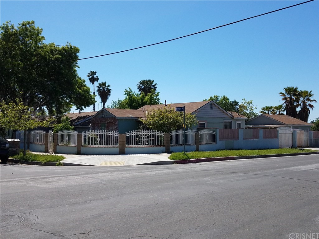 12787 BROMONT AVE., San Fernando, CA 91340