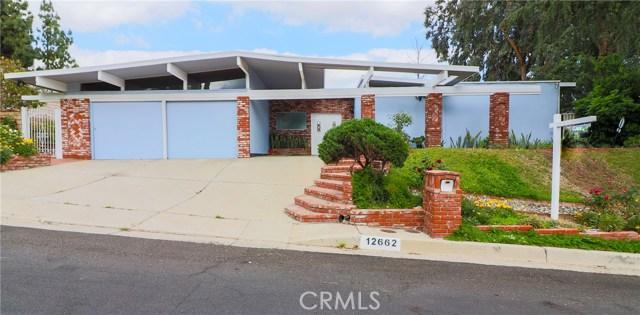 12662 Jimeno Avenue, Granada Hills CA: http://media.crmls.org/mediascn/aca77c1f-f423-49de-afd1-60bac7a8ae5e.jpg