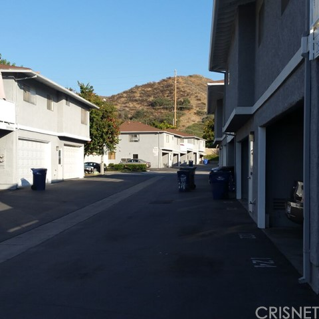 28147 Robin Avenue, Saugus, CA 91350