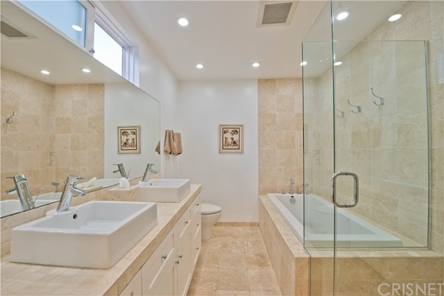 22440 Martha Street Woodland Hills, CA 91367 - MLS #: SR18011486