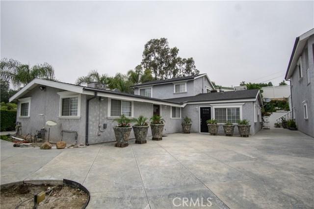 12321 Luna Place, Granada Hills CA: http://media.crmls.org/mediascn/ad77fc83-804a-462c-8ec9-cc61195ce1c6.jpg