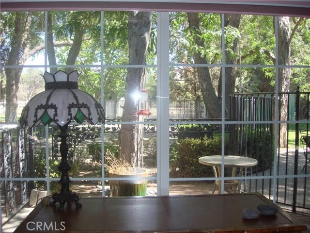2011 Carson Mesa Road, Acton CA: http://media.crmls.org/mediascn/ad92de19-bac8-41b8-bcfc-fddf3fc115dc.jpg