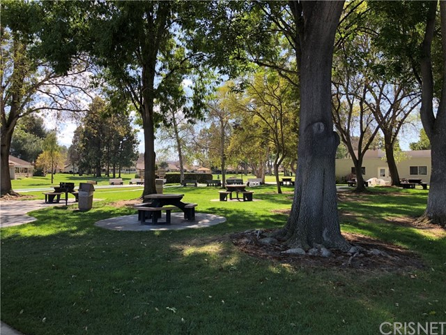 19227 Village 19, Camarillo CA: http://media.crmls.org/mediascn/ada4b84b-2594-488c-a155-b9ea31590d82.jpg