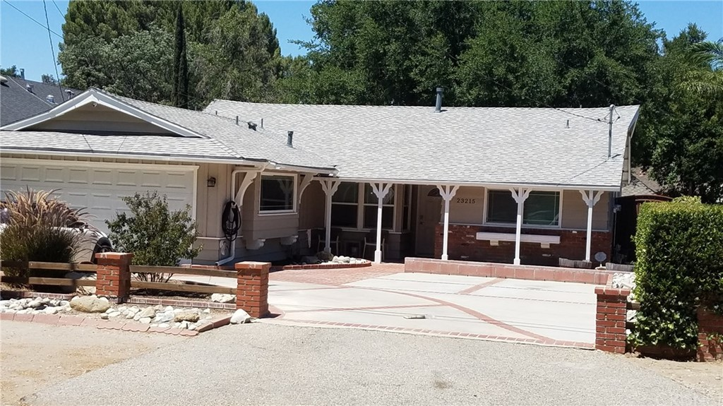 23215 MAPLE Street, Newhall, CA 91321