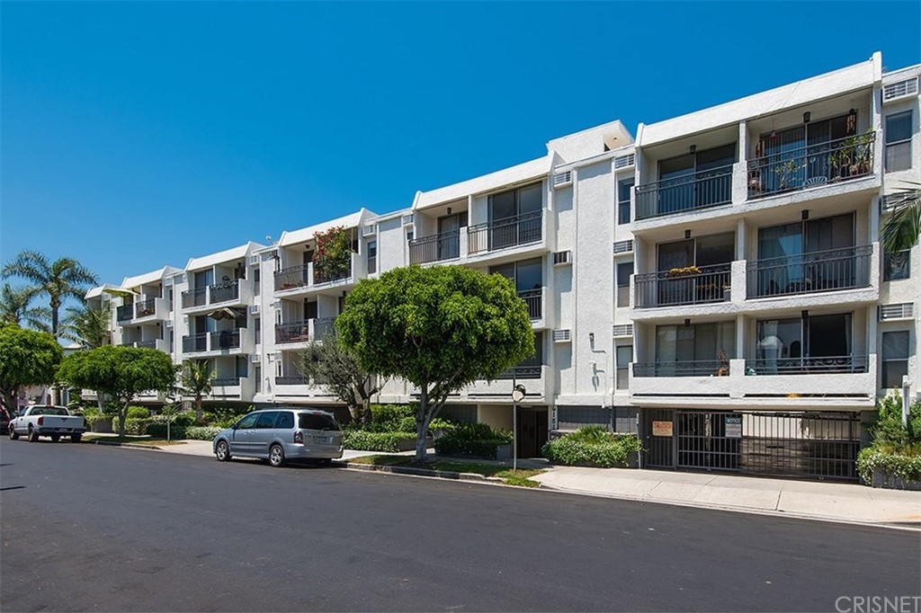 Property for sale at 6151 Orange Street #201, Los Angeles,  CA 90048