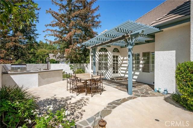 11900 Andasol Avenue, Granada Hills CA: http://media.crmls.org/mediascn/ae14b8f9-4c74-4444-ad4e-acd62025b806.jpg