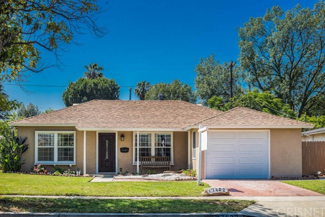Single Family Home for Sale at 17622 Runnymede Lake Balboa, California 91406 United States
