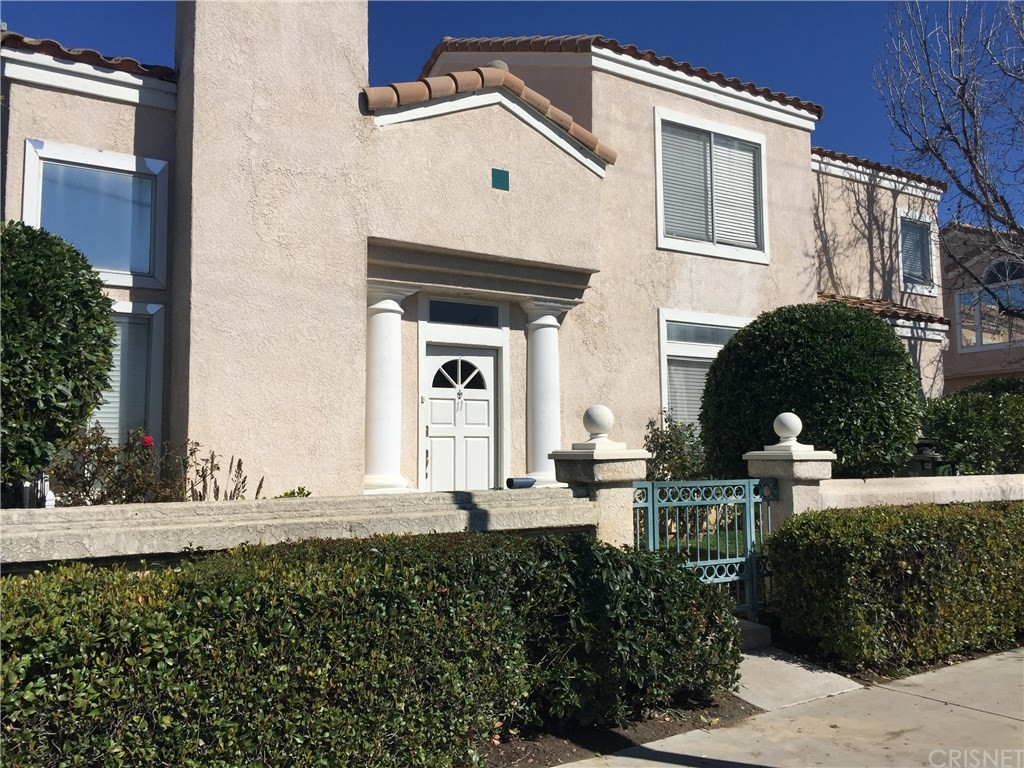 22011 Hiawatha Street #11, Chatsworth, CA 91311
