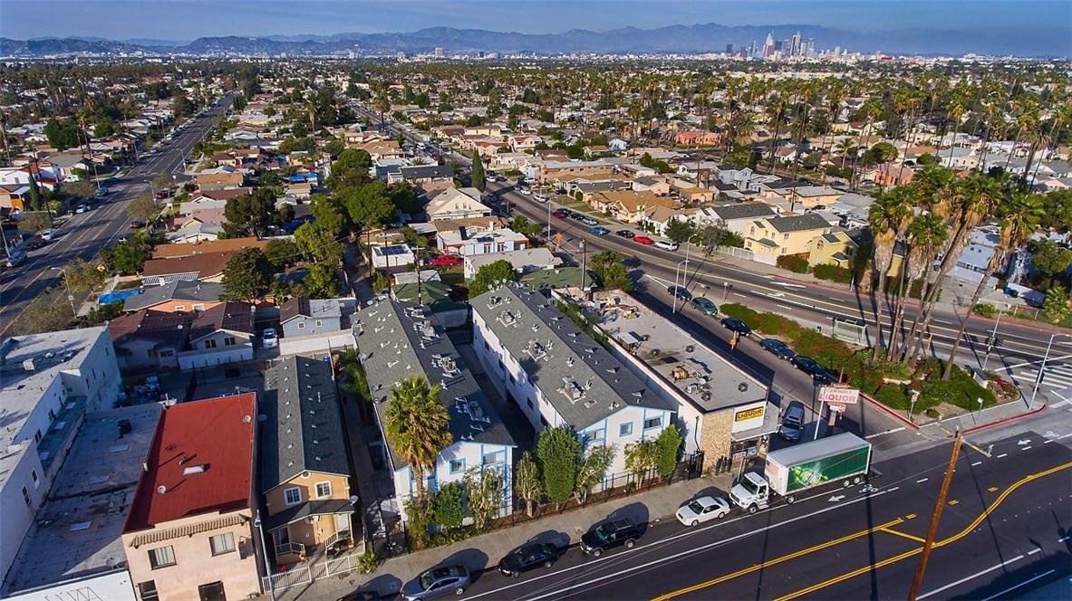 2315 W 54th St, Los Angeles, CA 90043 Photo 1