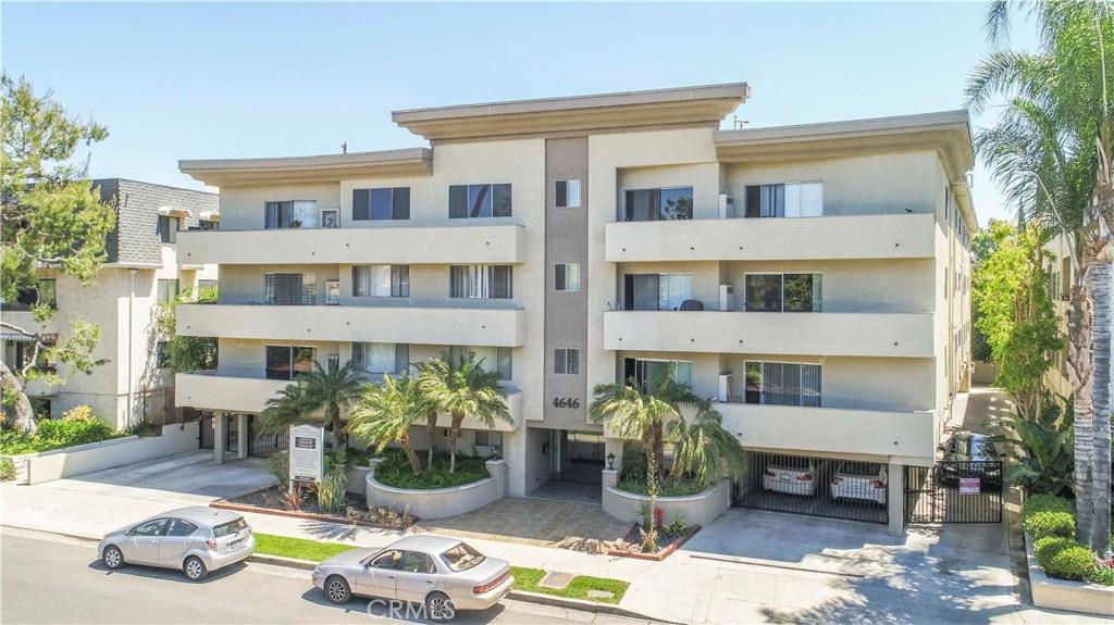 Property for sale at 4646 Natick Avenue, Sherman Oaks,  CA 91403