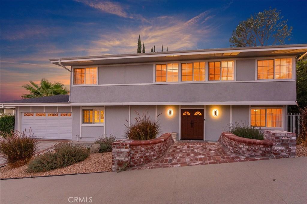 24600 CALVERT Street, Woodland Hills, CA 91367