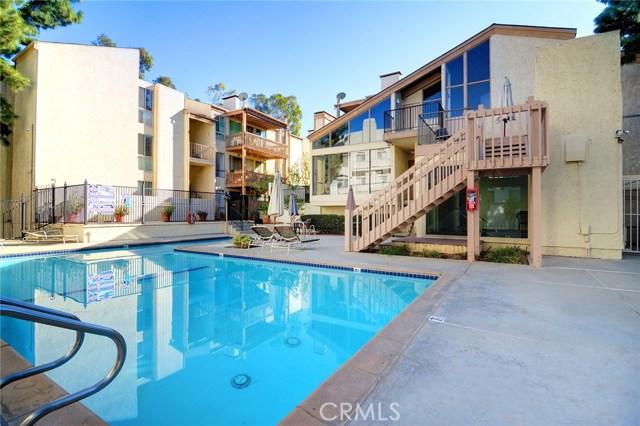 17711 Margate Street Unit 315 17711  Margate Street Encino, California 91316 United States