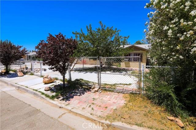 3391 Haven Street, Rosamond CA: http://media.crmls.org/mediascn/aed00f42-3809-40c8-a685-fb49ad4216bf.jpg