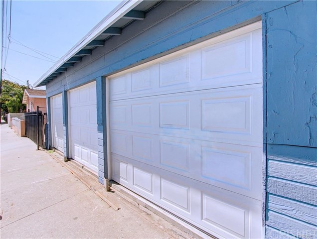 7721 Bell Avenue Los Angeles, CA 90001 - MLS #: SR18071665