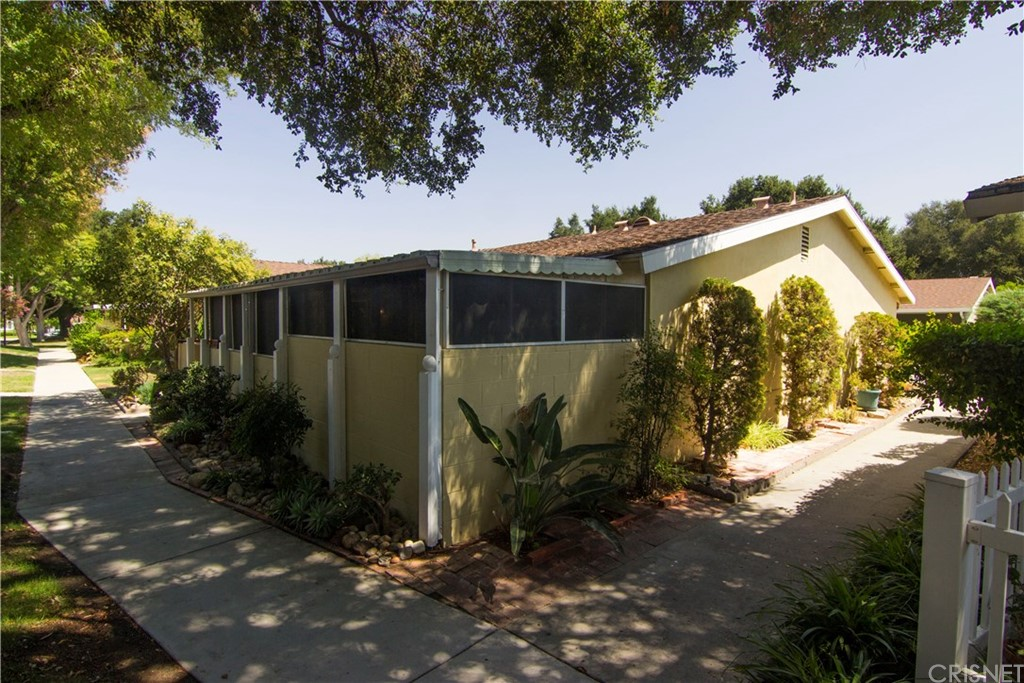 19226 AVENUE OF THE OAKS G, Newhall, CA 91321
