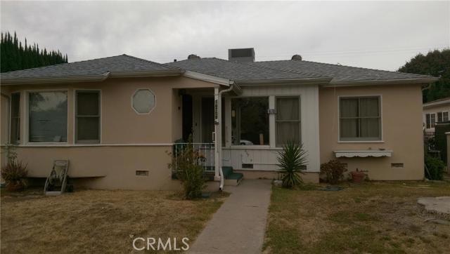 Property for sale at 16709 Magnolia Boulevard, Encino,  CA 91436