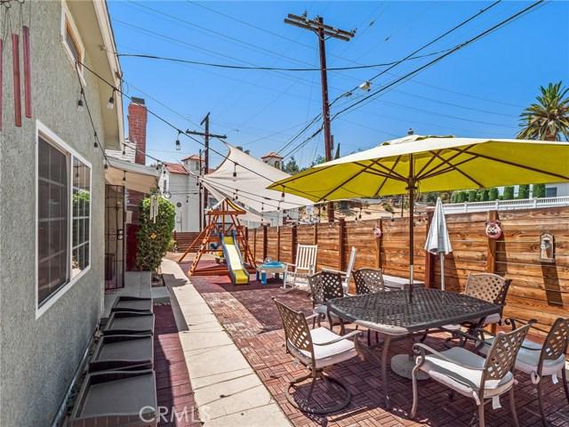 7132 N Figueroa Street, Eagle Rock CA: http://media.crmls.org/mediascn/af37d798-fe52-43e5-a289-69236ac3d15a.jpg