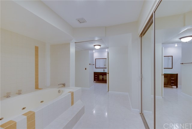 5454 Zelzah Avenue Unit 208 Encino, CA 91316 - MLS #: SR18219652