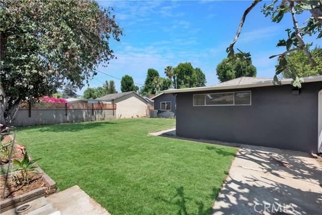 6633 Costello Avenue, Valley Glen CA: http://media.crmls.org/mediascn/af96fab1-b60c-4452-83e8-b569d4ecb1df.jpg