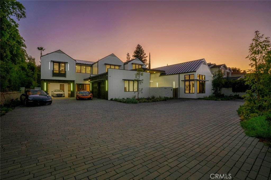 Photo of 14226 GREENLEAF Street, Sherman Oaks, CA 91423