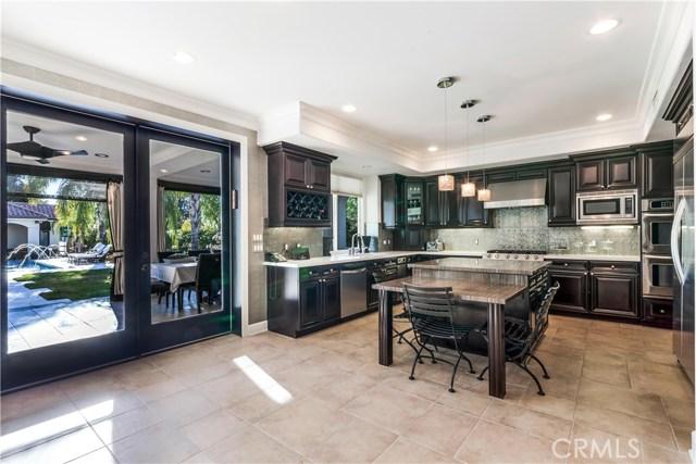 Additional photo for property listing at 5101  Avenida Oriente 5101  Avenida Oriente Tarzana, California 91356 United States