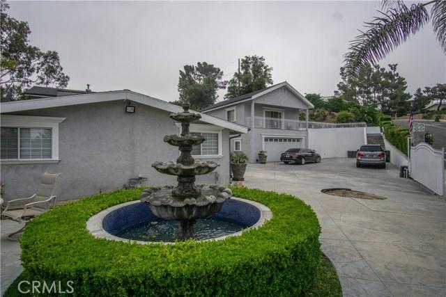 12321 Luna Place, Granada Hills CA: http://media.crmls.org/mediascn/afbb916c-a4de-4430-8406-9c9579a757a5.jpg